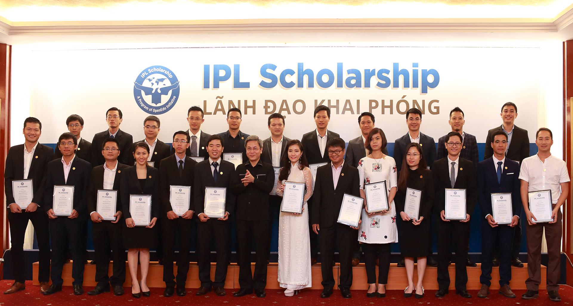 IPL Khóa 2 tự hào được trao chứng nhận tốt nghiệp